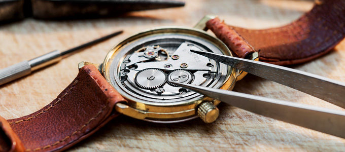 What Should You Look for when Going in for Watch Repair UK?